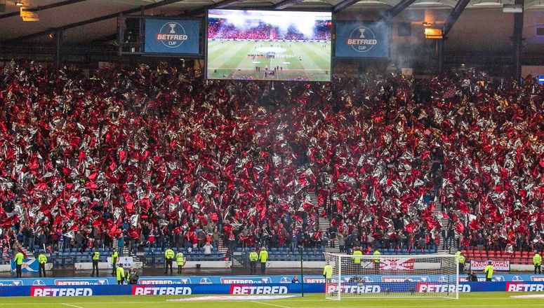 Aberdeen fc league cup final pictures