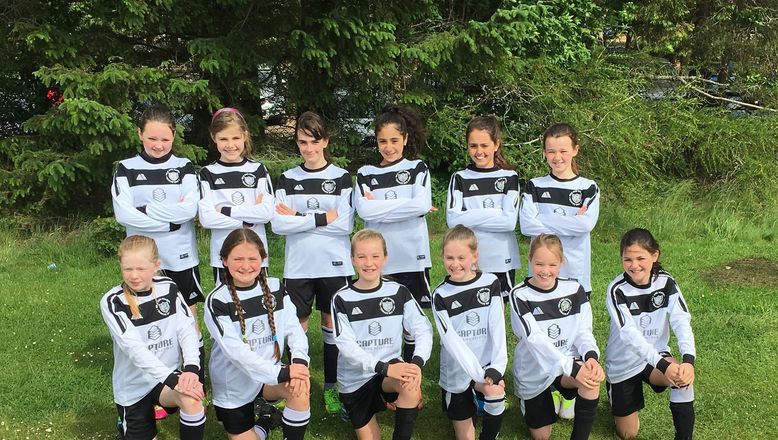 Vattenfall Award of the Month | AFCCT North Region Girls Football League
