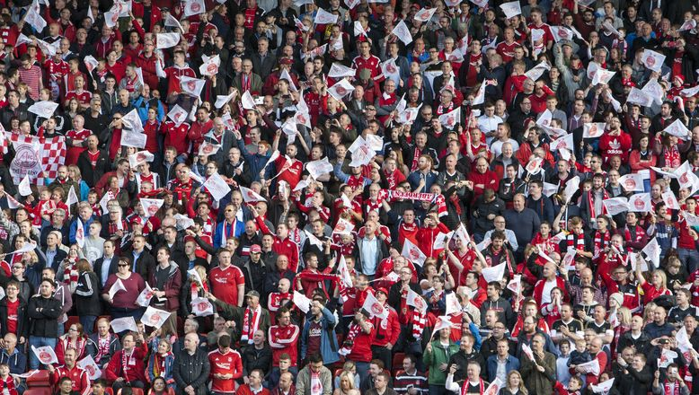 Dons supporters raise over £17,000 through can collections